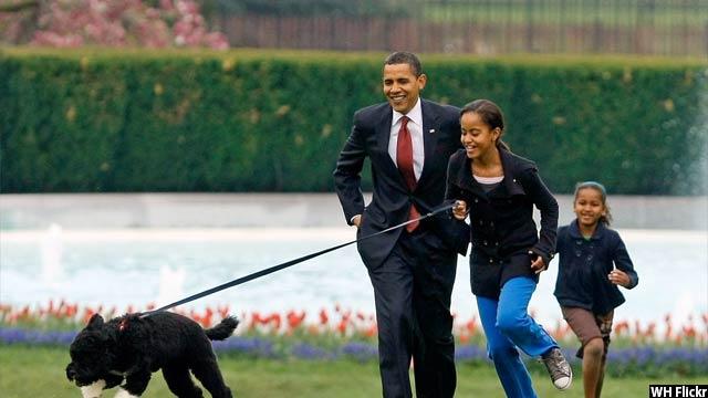 Obama-with-kids69