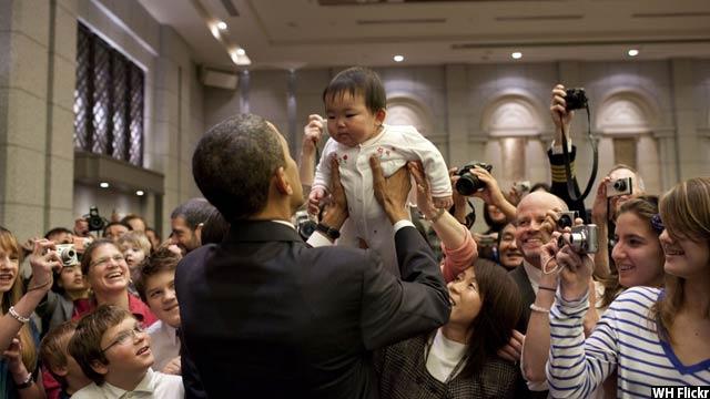 Obama-with-kids70
