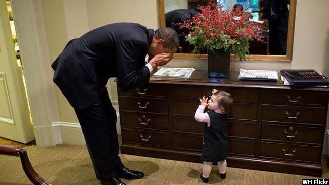 Obama-with-kids77