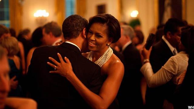 ObamaandMishelle (8)