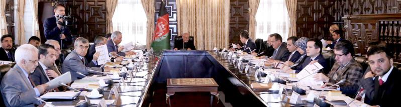صنعت ناب؛ شورای عالی اقتصادی در جستوجوی زمینههای سرمایهگذاری روی قالین افغانی