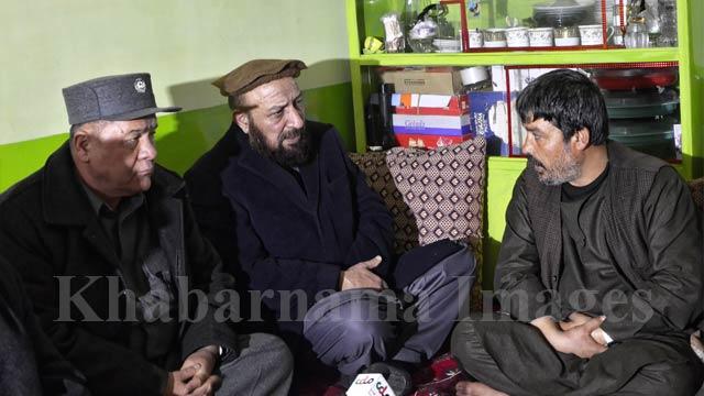 انجنیر محمد خان، معاون اول ریاست اجرایی در دیدار از این خانواده