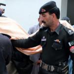 پس از حملات موشکی؛ پاکستان 61 افغان را به ظن حمله تروریستیِ پنج شنبهِ آن کشور بازداشت کرده است