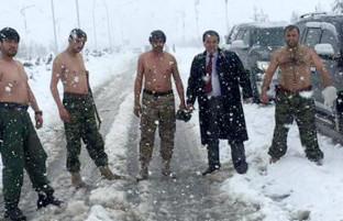 کشور دیدنی؛ برف افغانستان از سیاستمدار تا شهروند عادی را به وجد آورد