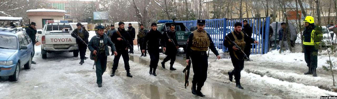 سه شنبه خونین دیگر؛ ۲۰ تن قربانی حمله انتحاری بر کارمندان دادگاه عالی افغانستان