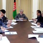 رییس اجرایی افغانستان برای پایان وابستگی بازار سبزی و میوه وارد کارزار شد