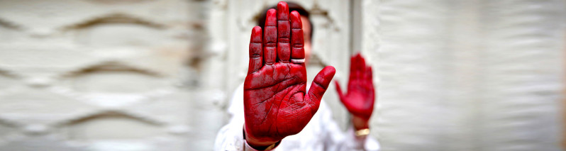 جهان ما؛ از دست رنگین راهب بودایی تا حضور وکیل با نوزادش در پارلمان