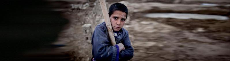 پیری زودرس؛ ۸ عاملی که پیری را در افغانستان تسریع میکند