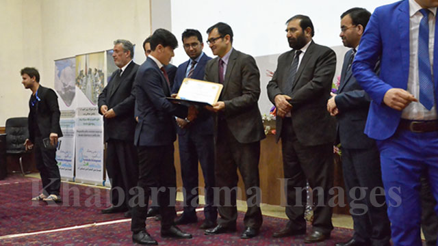 award-winning-Journalists