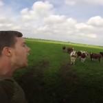 مردی که صدای گاوها را بهتر از آنها در میآورد