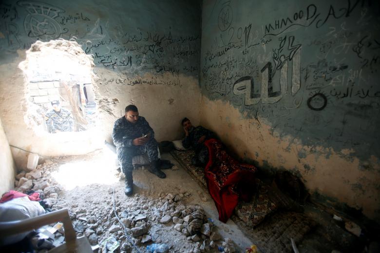 یکی از اقامتگاههای پولیس فدرال عراق در نبرد با شبه نظامیان داعش در موصل / عکس: رویترز