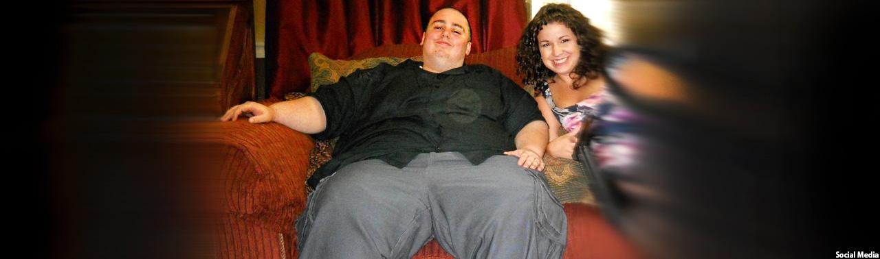 جوانی که پس از کاهش ۱۱۱ پوند وزن کاملا تغییر شکل داده است