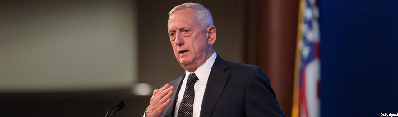 وزیر دفاع آمریکا برای تدوین استراتژی مبارزه با طالبان وارد کابل شده است