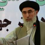 نیامده به کابل؛ حکمتیار خواهان استعفای یکی از رهبران حکومت وحدت ملی شد