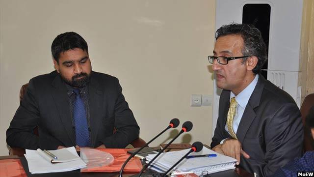 مقامهای وزارت انرژی و آب افغانستان میگویند که این وزارت توانسته است در یک سال گذشته، بیش از ۸۰۰ میلیون دالر سرمایهگذاری بخش خصوصی را در بخش انرژی و آب افغانستان جذب کند