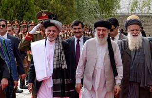 حکمتیار پس از ورود به کابل؛ از دیدار با رهبران تا تماس با طالبان