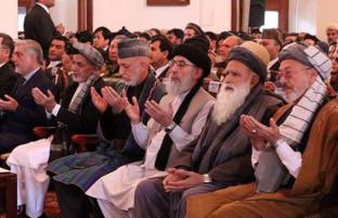 تنور داغ سیاسی؛ برنامههای حکمتیار، تاکید بر نظام ریاستی و نگرانیهای جمعیت اسلامی