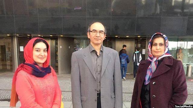 خانم بادغیسی (سمت چپ) همراه با منیژه باختری و آصف سلطانزاده از نویسندگان افغانستان در دانمارک