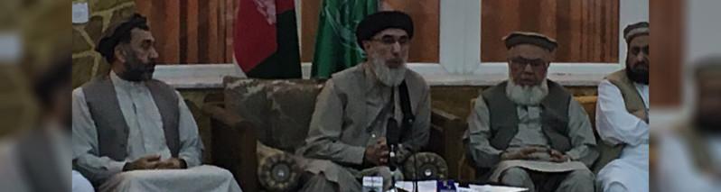 واکنش حکمتیار؛ انتقاد تند رهبر حزب اسلامی از برپایی خیمههای معترضان در کابل