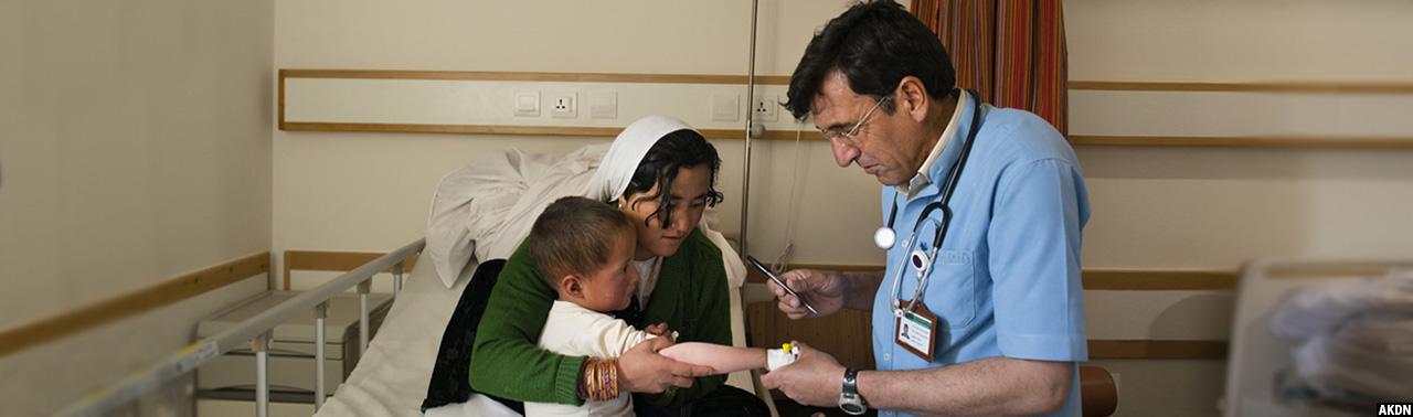 وابستگی بیرونی؛ ۳۰۰ میلیون دالر هزینه سالانه درمان افغانها در خارج از افغانستان