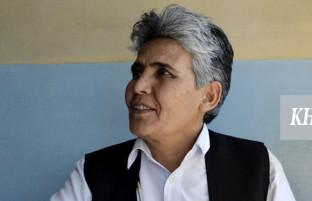 زبیده سروری؛ زنی در نقش یک مرد و ۳ دهه کتابداری در افغانستان