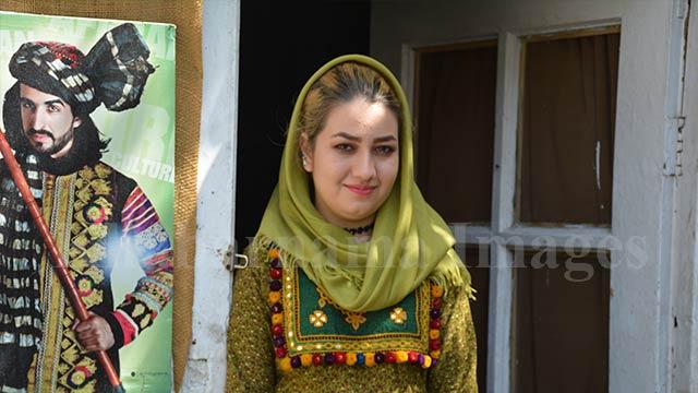 afghan-models11