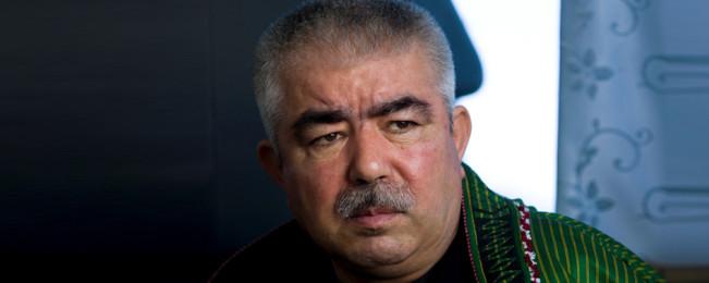 واکنش دفتر جنرال دوستم؛ از تکذیب سخنان رییس جمهور تا توصیه به سفیر آمریکا در کابل