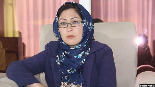 حلیمه رضایی دومین زن تجارت پیشه در بامیان است