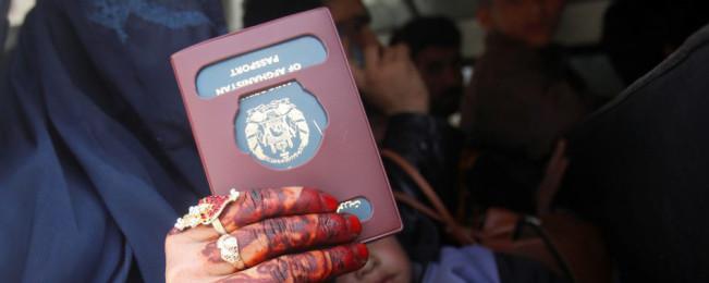 یک سالگی آسان خدمت؛ از ارائه خدمات برای ۱۰ وزارتخانه تا صدور الکترونیک پاسپورت در افغانستان