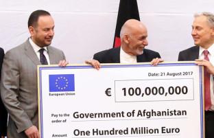 به منظور اصلاحات کلیدی؛ اتحادیه اروپا ۱۰۰ میلیون یورو به افغانستان کمک کرد