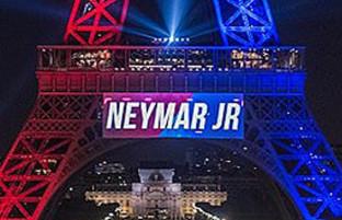 پس از پیوستن نیمار؛ نورپردازی برج ایفل به رنگ پیراهن تیم پاری سن ژرمن
