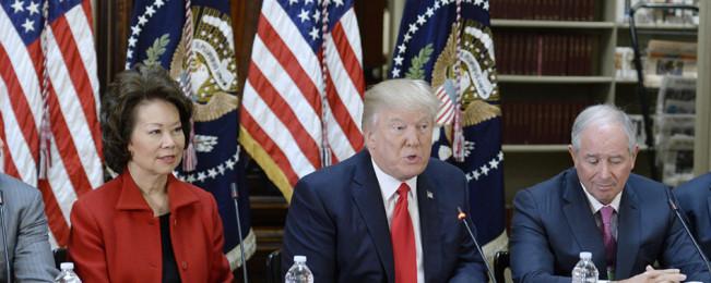 نشست بی نتیجه؛ استراتژی جنگی آمریکا برای افغانستان در کمپ دیوید نهایی نشد