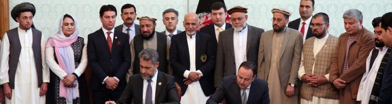در ارگ ریاست جمهوری؛ قرارداد ساخت جاده حلقوی کابل و جاده قیصار- لامان به طول بیش از ۱۷۰ کیلومتر
