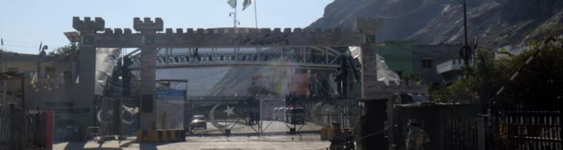 در شرق افغانستان؛ گذرگاه تورخم باز هم از سوی مقامات پاکستانی بسته شد