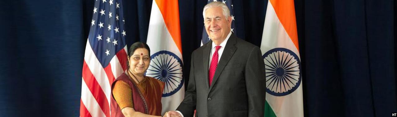 وزرای خارجه آمریکا و هند؛ افزایش فشار بر پاکستان برای مقابله با گروههای تروریستی