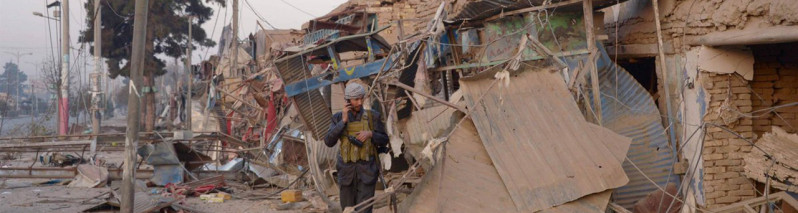 در قندهار؛ کشته شدن بیش از ۴۰ سرباز ارتش در حمله مهاجمان انتحاری طالبان