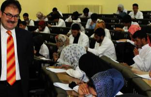 بازار محدود و جوانان جویای کار؛ ابتکار وزارت تحصیلات عالی برای تخصصیسازی بازار کار افغانستان