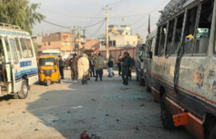 در ولایت ننگرهار؛ در یک حمله انتحاری ۸ تن کشته و ۱۵ تن دیگر زخمی شدند