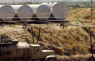 بازار سوال برانگیز نفت افغانستان؛ ۴ میلیون تن واردات نفتی و ۱٫۶ میلیون تن نفت معیاری