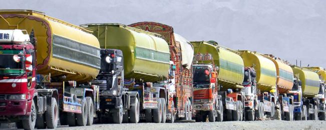 اقدامات تازه افغانستان در حوزه واردات نفت؛ از کاهش مالیات تا رد مواد نفتی کمکیفیت