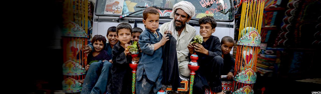 ۱ ماه فرصت برای ۱٫۴ میلیون مهاجر؛ پاکستان در پی استفاده سیاسی و افغانستان نگران بحران انسانی