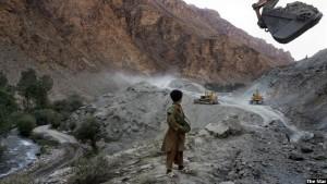 بر اساس معلومات وزارت تجارت و صنایع افغانستان، این کشور سالانه به بیش از ۵۰۰ هزار تُن آهن و فولاد نیاز دارد