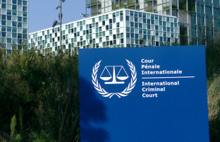 اعمال جنرال دوستم، طالبان و سیا روی میز دادگاه بینالمللی کیفری؛ آغاز بررسی پروندههای جنایات جنگی در افغانستان