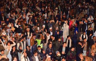 حمایت غنی از تحصن پشتون ها در اسلام آباد؛ از سرگیری داعیه پشتونستان یا خون بیشتر بر دستان کابلیان؟