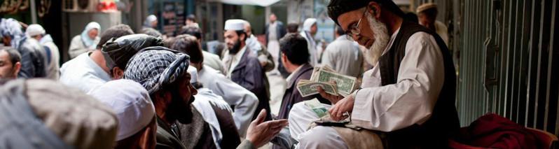 ۲۲ ماده جنجالی مقرره بانک مرکزی افغانستان که صرافان افغان خواهان تعدیل آن میباشند