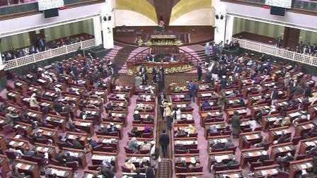 در ولایت قندهار 112 کاندیدای انتخابات پارلمانی وجود دارد که برای رسیدن به مجلس نمایندگان با هم رقابت میکنند