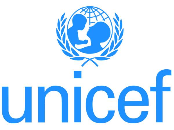 صندوق حمایت از کودکان سازمان ملل(یونیسف) به تازگی در گزارشی اعلام کرده که 2 میلیون کودک در افغانستان دچار سوء تغذیه بوده و به همین دلیل به رشد کامل نمیرسند.