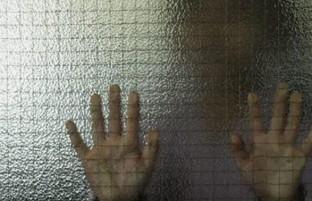 تجاوز جنسی به دانشآموزان، جمهوری اسلامی ایران را تکان داد!
