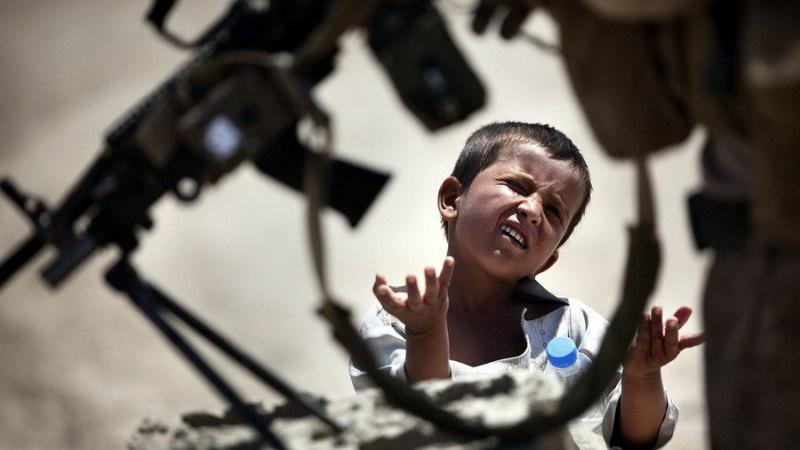 افغانستان از جمله کشورهایی است که به دلیل جنگ و ناامنی و اقتصاد ضعیف در آن، هزاران کودک یتیم و بیسرپرست شدهاند