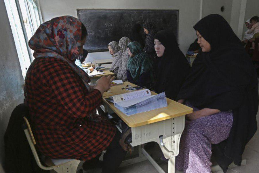 در ولایت دایکندی با 400 هزار واجد شرایط برای رأیدهی در انتخابات آینده، شاهد ثبتنام 170 هزار و 130 تن بوده که امکان دارد تعدادی از این ارقام تکراری باشد